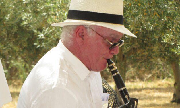 The Clarinetist by Herschy Katz